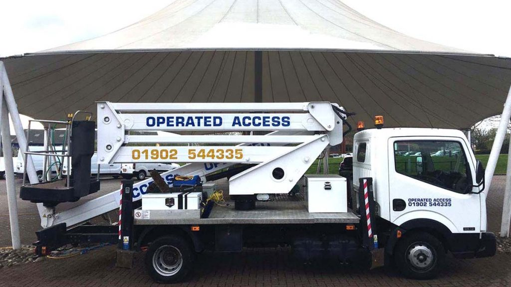 Cherry picker hire at affordable prices
